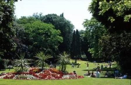 Lieux culturels jardin vauban lille la for Jardin vauban lille