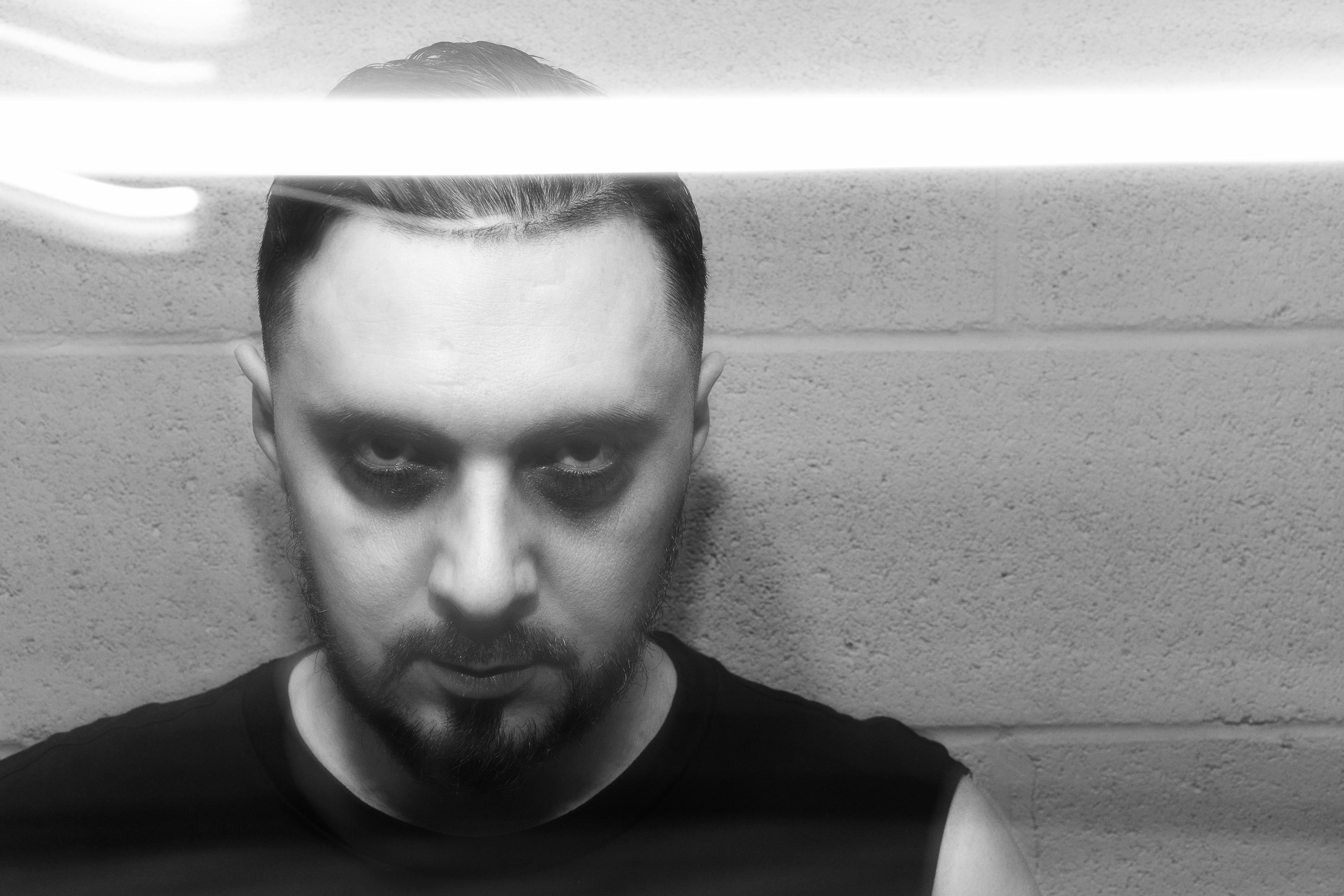 Le DJ lillois David Asko vous fait danser dans votre salon pendant le confinement
