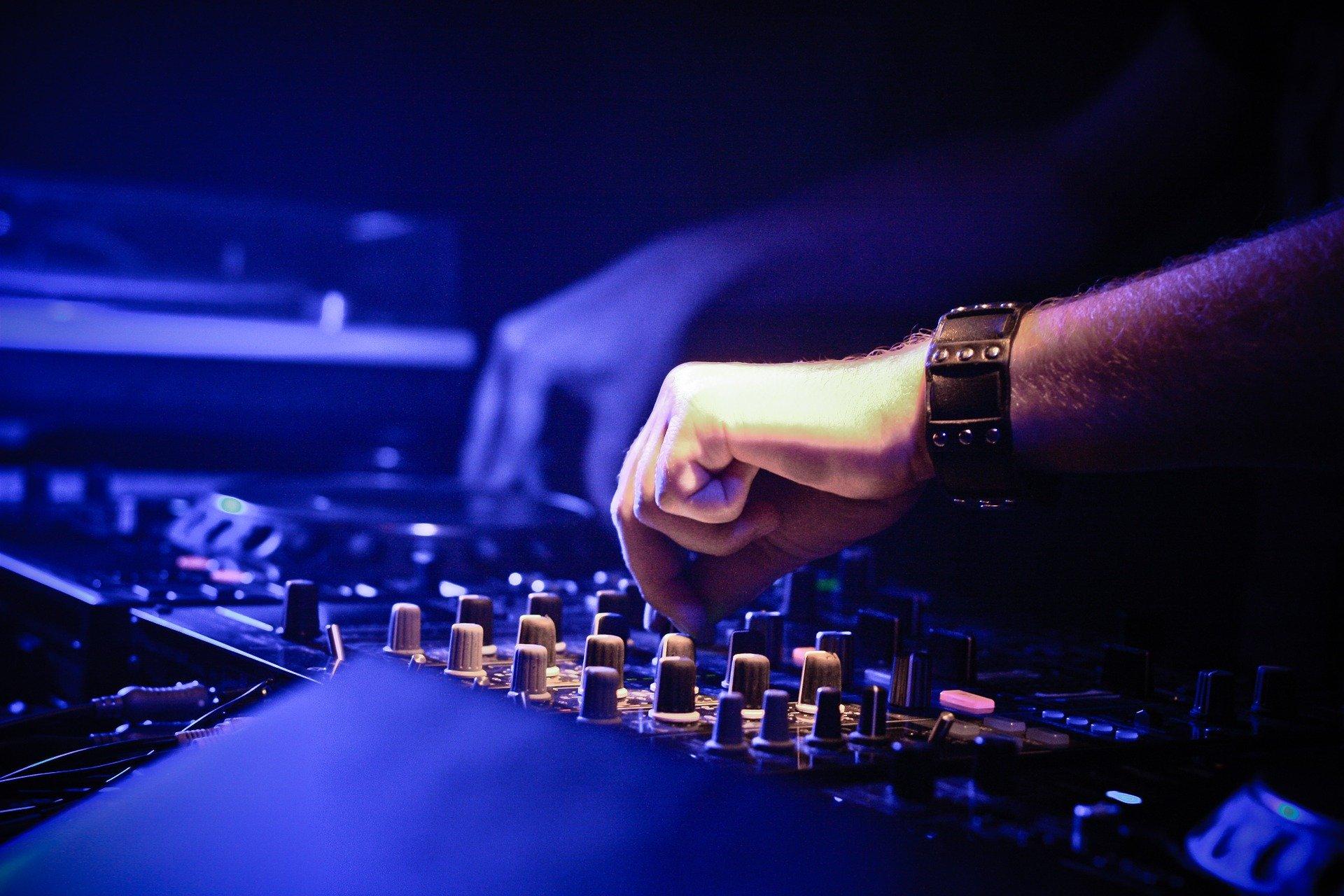 Des DJ's lillois se relaient pour un live caritatif en faveur du CHU