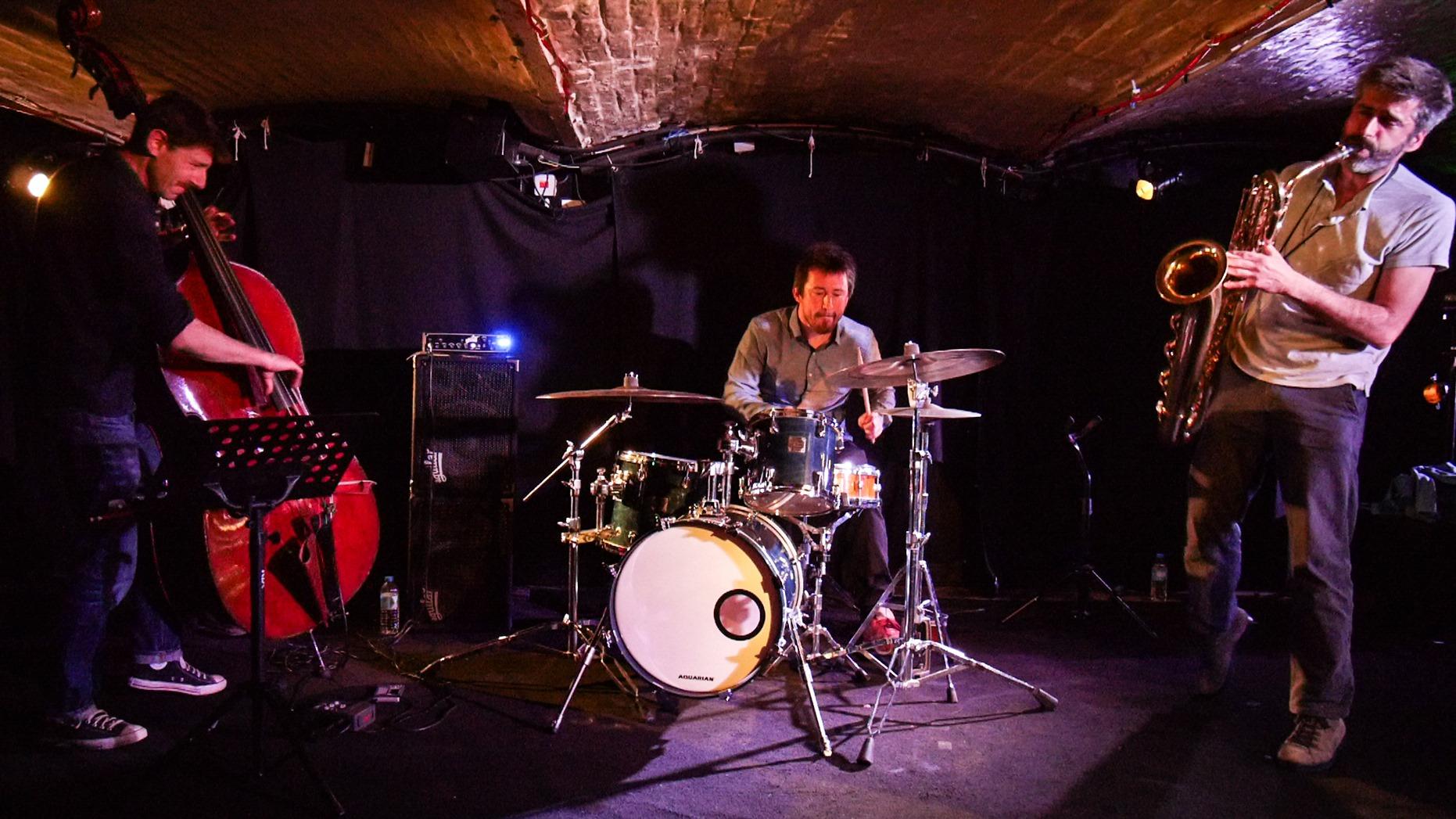 More Soma + Stefan Orins Solo – Sorties de disque