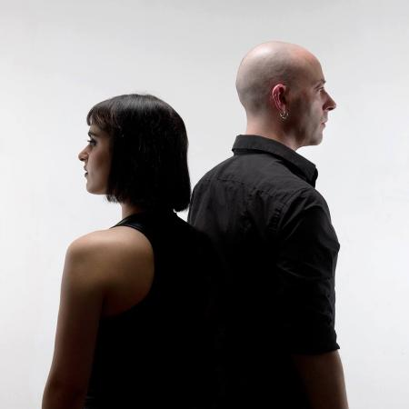 Le nouveau clip du duo lillois DEAR DEER, l'électro post-punk sous la douche