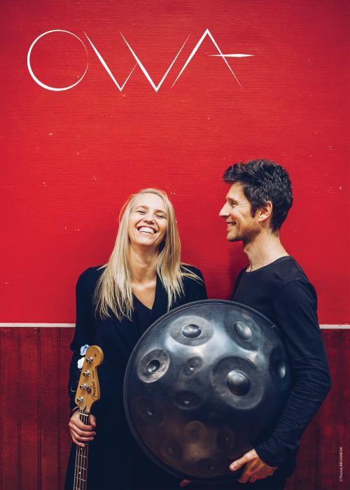 Owa, un duo chant / basse / handpan