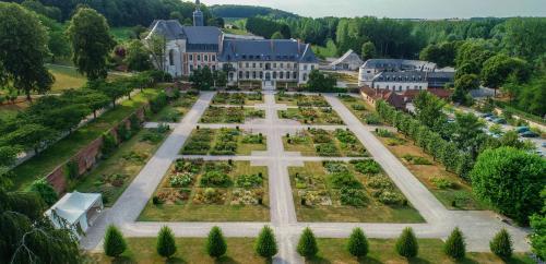Un concert électro à l'Abbaye et aux Jardins de Valloires diffusé en ligne