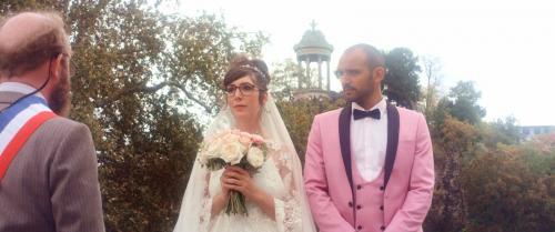 «Eléonore» : Nora Hamzawi pétillante dans le premier film réalisé par son frère, Amro Hamzawi