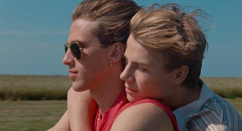 «Été 85» : Ozon filme les passions adolescentes sur fond de hits des années 80