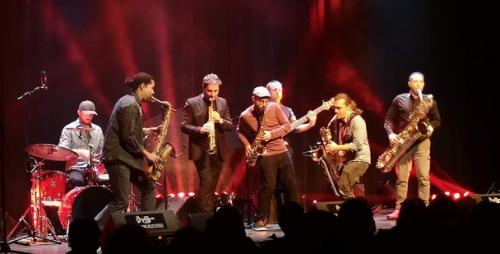 Saxtoy en concert