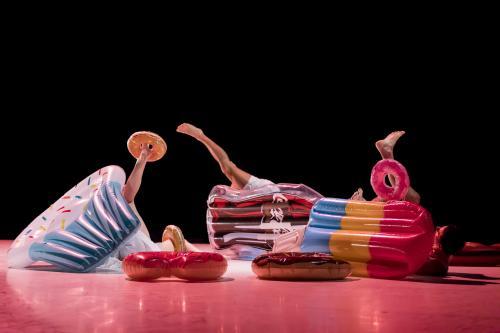 H & G, une création librement inspirée du conte populaire Hansel et Gretel