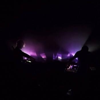"""""""Mécanisation"""", le clip de Stienis en attendant l'EP"""