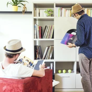 De véritables oeuvres d'art à partir de disques vinyles recyclés