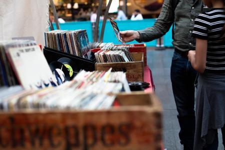 Où trouver des vinyles à la Braderie de Lille ?
